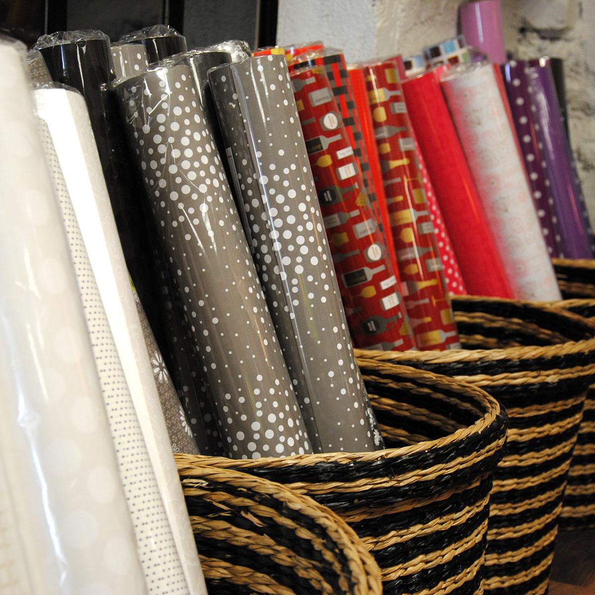 rouleaux papier cadeau multisac. Black Bedroom Furniture Sets. Home Design Ideas